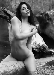 Ally Poses Nude By The River - Picture 4